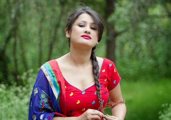 Nepai Actress Richa Singh Thakuri