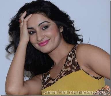 29 Hindi Shayari On Smile For Your Girlfriend Lover Gf